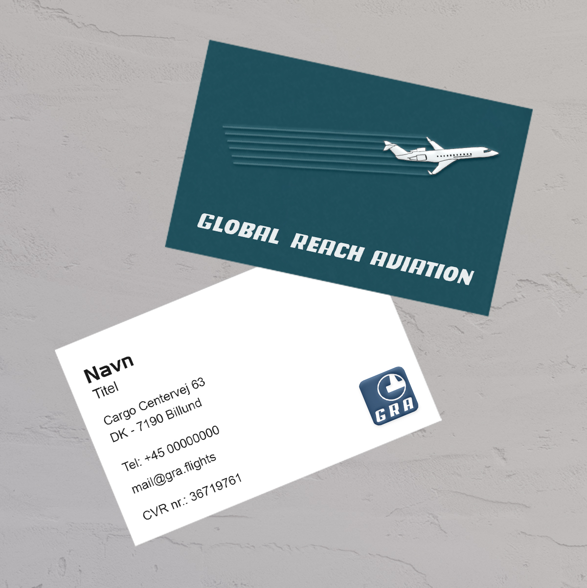 Design af visitkort med uv lak til Global Reach Aviation lavet af Little Creature Ink